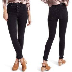Madewell Black Frayed 10 in High Rise Skinny Jeans